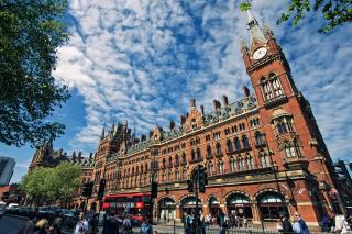 St Pancras railway station by Flickr user The Wolf