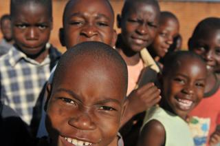 MEDREACH 11, Dental outreach, Malawi, May 2011 by Flickr user US Army Africa