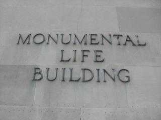 monumental life by Flickr user frankh