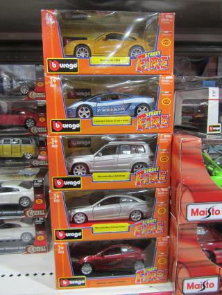 Bburago Street Fire Die Cast Vehicles by Flickr user thienzieyung